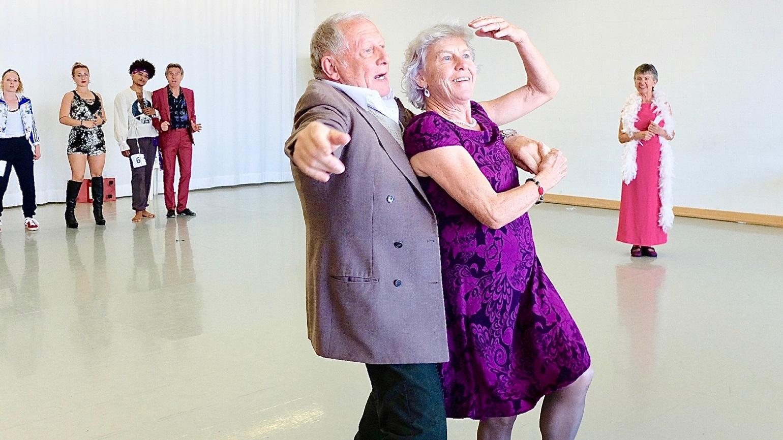 Drei Jahre Tanztheater Dritter Frühling: Von wegen Ruhestand!
