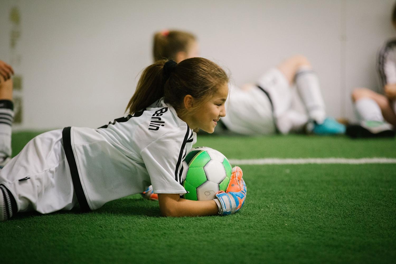 AMANDLA EduFootball: Fairness, Respekt und Teamwork trainieren