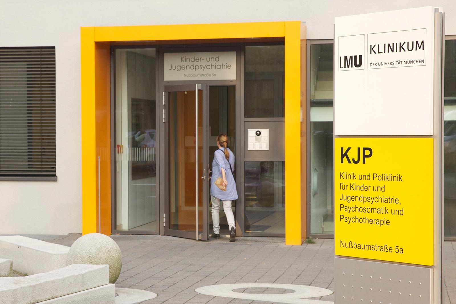 Die Klinik und Poliklinik für Kinder- und Jugendpsychiatrie, Psychosomatik und Psychotherapie der Universität München